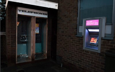 Consejos para mantenerse a salvo en los cajeros automáticos